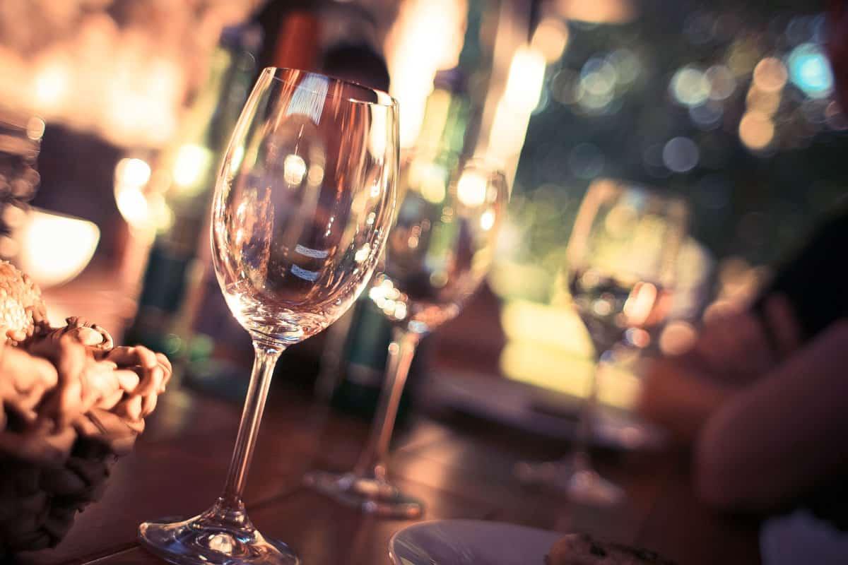 Õhtusöök: Sinimerekarbid Ja Vein